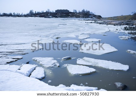 Melting ice in spring on the coast