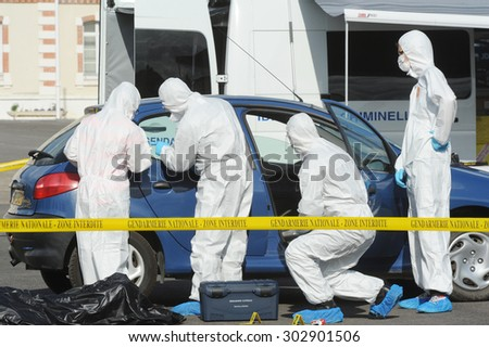 MELUN - FRANCE, SEPTEMBER 2014: demonstration of a criminal investigation to the gendarmerie school melun during an open day