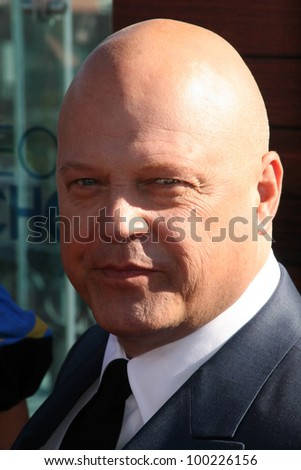 "Michael Chiklis at the ""People's Choice Awards"" 2011 Nominations Announcement, London, West Hollywood, CA. 11-09-1"