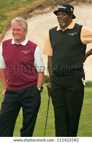 Michael Douglas and Samuel L. Jackson at The 9th Annual Michael Douglas and Friends Celebrity Golf Event. Trump National Golf Club, Rancho Palos Verdes, CA. 04-29-07 - stock photo