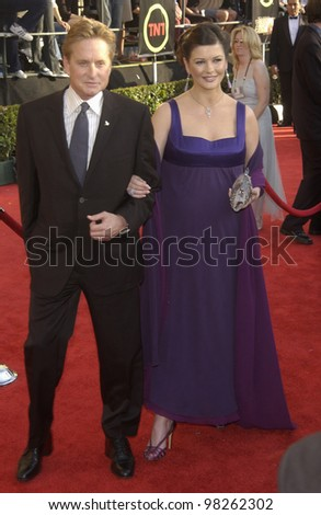 MICHAEL DOUGLAS & CATHERINE ZETA-JONES at the 9th Annual SCREEN ACTORS GUILD AWARDS in Los Angeles. March 9, 2003  Paul Smith / Featureflash