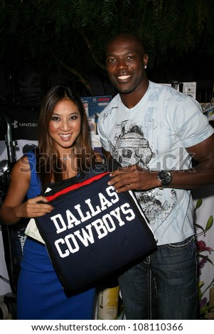 Michelle Kwan and Terrell Owens  at the 2008 ESPY's Giant Event. J Bar and Lounge, Los Angeles, CA. 07-15-08