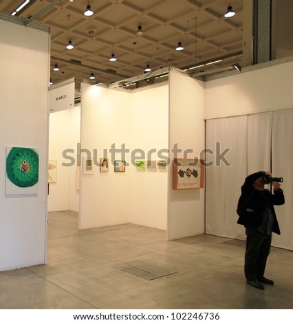 MILAN - APRIL 08: Paintings galleries at MiArt, international exhibition of modern and contemporary art on April 08, 2011 in Milan, Italy.