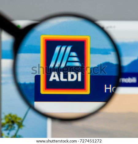 Milan Italy August 10 2017 Aldi Stock Photo 727451272 Shutterstock