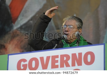 MILAN, ITALY - JANUARY 22: Lega Nord demonstration held in Milan on January, 22 2012:Umberto Bossi at Lega Nord demonstration fighting against Monti government and south of Italy
