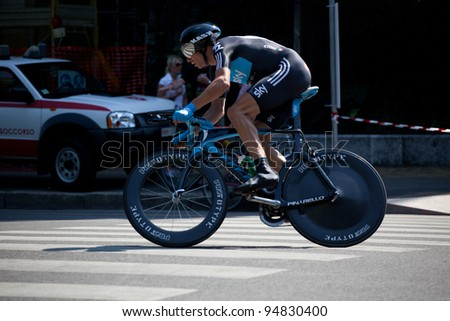 MILANO, ITALY - MAY 29: Cyclist Dario David Cioni competes during the 21th Stage of 2011 Giro d'Italia, an individual time trial stage, on May 29, 2011 in Milano, Italy - stock photo