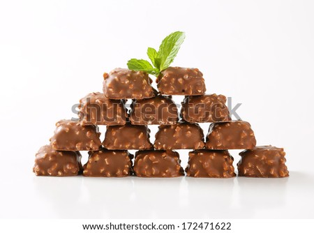 milk chocolate pralines pyramid