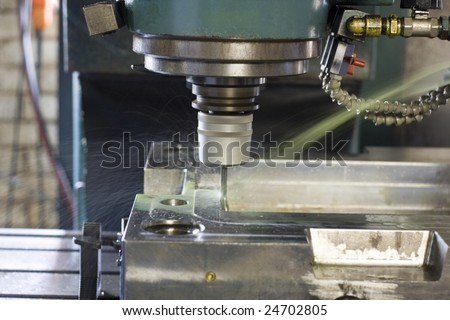 Milling machine with lubrication