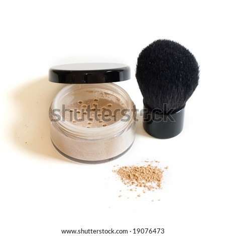 Mineral makeup and brush