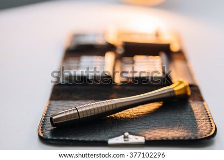 Mini screwdriver, Repair smartphone.