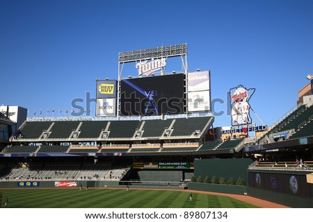 MINNEAPOLIS - APRIL 21: Huge scoreboard at new Target Field on April 21, 2010 in Minneapolis, Minnesota. The Twins home stadium seats 39,504 fans and has 54 private suites.