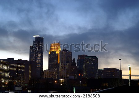 Minneapolis city skyline at dusk