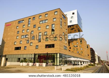 Modern architecture nhow hotel berlin berlin stock photo for Moderne hotels deutschland