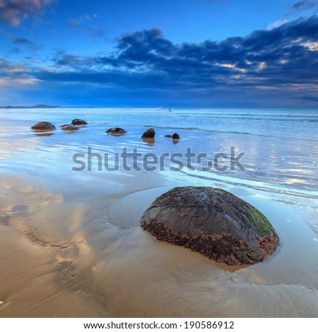 Moeraki Boulders Small Iconic Rock Aligned on Koekohe Beach