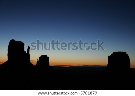 monument valley dawn silhouette