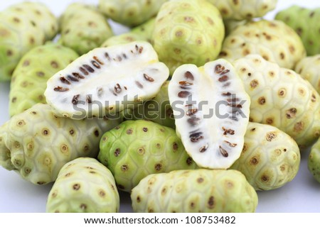Morinda citrifolia or noni fruit for health