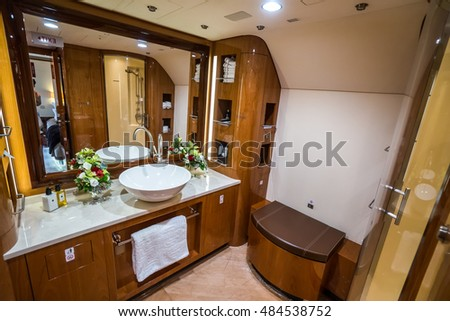 Airbus a320 interior stock images royalty free images for Private jet bathroom