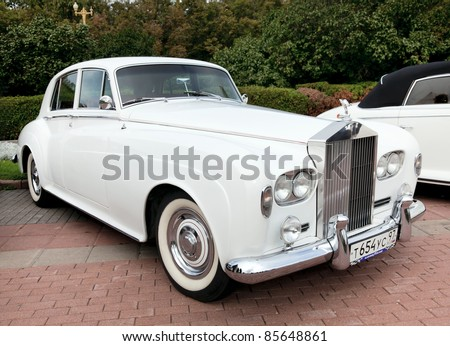 MOSCOW, RUSSIA - SEPT 24: A 1962 Rolls-Royce Silver Cloud II in the final stage of the competition for classic cars at the Closing  of the season Rally Retro Car on September 24, 2011 in Moscow,Russia - stock photo