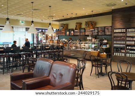 Moscow Sep 24 Starbucks Cafe Interior Stock Foto 244029175 ...