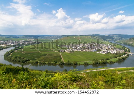 Moselle River, Mosel Valley and Leiwen, Bernkastel-Wittlich, Rhineland-Palatinate, Germany - stock photo