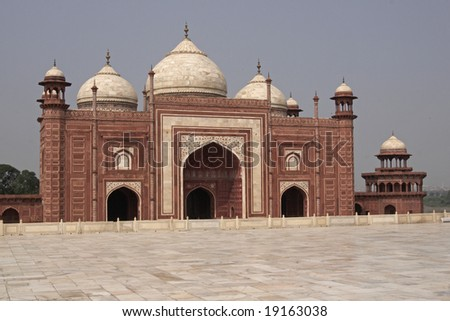 Mosque at the Taj Mahal. Mughal style building of red sandstone inlaid with marble. Agra, Uttar Pradesh, India