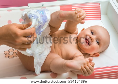 the process of changing a babys diaper Diapering your baby: step-by-step instructions last updated: april 2017 use the resources below to discover how to change a baby's diaper, step by step article.