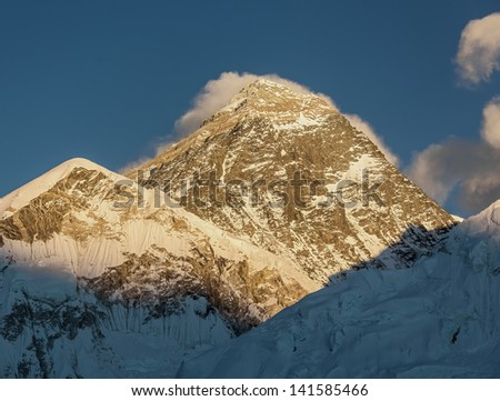 Mount Everest (8848 m) at sunset (view from Kala Patthar) - Nepal, Himalayas