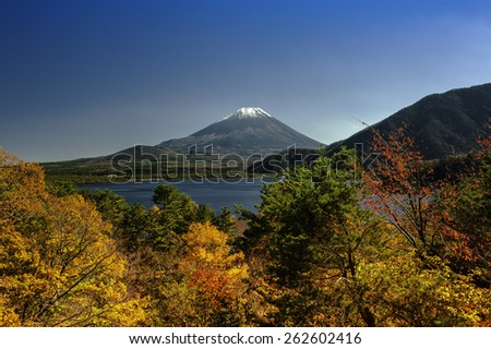 Mountain Fuji in winter season from Motosu lake