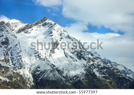 Mountain Top Cover with Snow