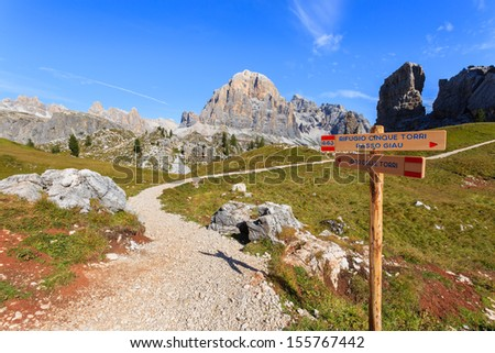 Mountain trail sign to Cinque Torri rock formation, Cortina d'Ampezzo, The Dolomiten, Italy