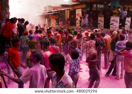 MUMBAI, MAHARASHTRA, INDIA - 29 SEPTEMBER 2012: procession of unidentified faithful people worshiping Hindu God Ganesha by bringing him into the water bodies This is an annual festival.