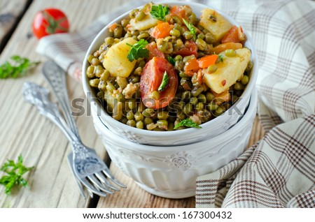 Mung beans stewed with vegetables - stock photo