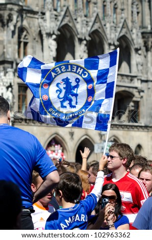 MUNICH - MAY 19: Thousands of fans celebrate in central Munich on the Marienplatz before the UEFA Champions League final football match between FC Bayern Muenchen and Chelsea FC on May 19, 2012