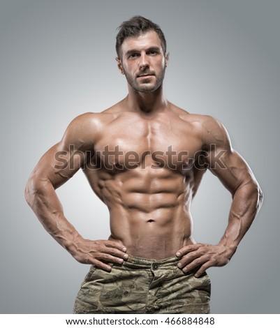 Naked bodybuiding #3
