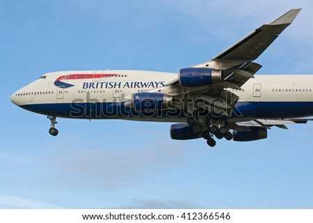 MYRTLE AVE, LONDON, GREAT BRITAN - FEBRUARY 25. British Airways Boeing 747 (reg G-BNLS) A landing on London Heathrow Airport (LHR). February 25, 2014 - stock photo