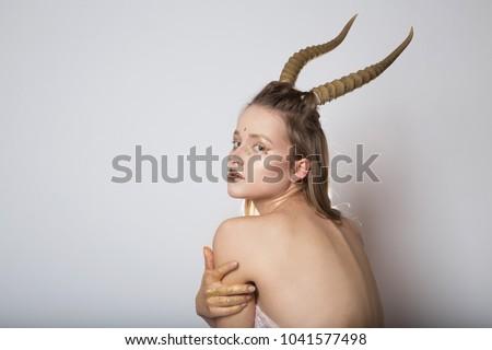 locker-sexy-women-nacked-bent-over-naked