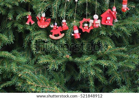Natural christmas tree decoration little figures