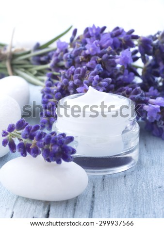 natural facial cream with lavender