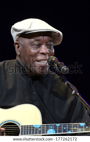NEW YORK - APRIL 14: Buddy Guy performs in concert at Madison Square Garden on April 14, 2013 in New York City.