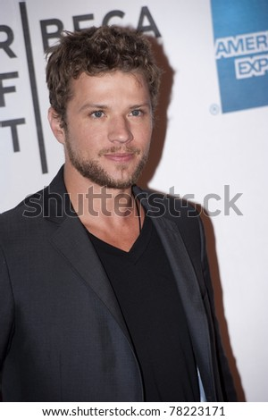 NEW YORK CITY - APRIL 21: Ryan Phillippe arrives on the red carpet at the Tribeca Film Festival on April 21, 2011 in New York City, NY.