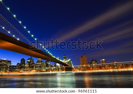 New York City, Brooklyn Bridge at night - New York United States