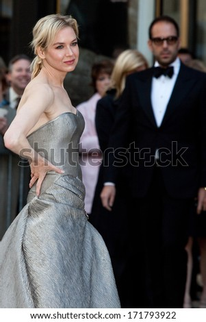 NEW YORK - MAY 18: Actress Rene Zellweger attends the 69th Annual American Ballet Theatre Spring Gala at The Metropolitan Opera House on May 18, 2009 in New York City. - stock photo