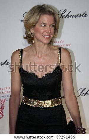 NEW YORK, NY - OCTOBER 20: Paula Zahn attends the 2009 Angel Ball on October 20, 2009 in New York City. - stock photo