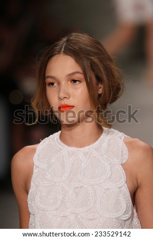 NEW YORK, NY - SEPTEMBER 06: A model walks the runway at the Luis Antonio fashion show during Mercedes-Benz Fashion Week Spring 2015 at Lincoln Center on September 6, 2014 in NYC