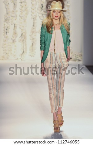 NEW YORK - SEPTEMBER 12:A model walks the runway at the RACHEL ZOE Spring/Summer 2013 collection Mercedes-Benz Fashion Week in New York on September 12,2012