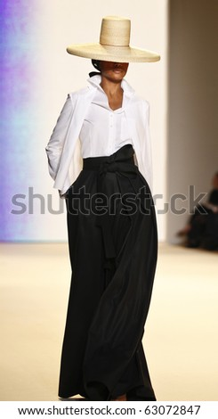 NEW YORK - SEPTEMBER 13: Model walks runway for new collection by Carolina Herrera  on Spring/Summer 2011 during Mercedes-Benz Fashion Week on September 13, 2010 in New York