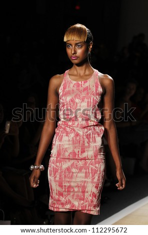 NEW YORK - SEPTEMBER 7: Model walks the runway for Cesar Galindo Czar Collection during Spring/Summer 2013 at Mercedes-Benz Fashion Week on September 7, 2012 in New York