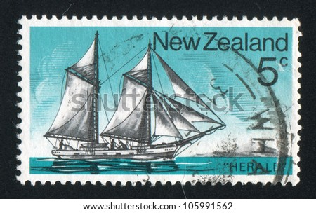 NEW ZEALAND - CIRCA 1975: stamp printed by New Zealand, shows Historic Sailing Ship, Schooner Herald, circa 1975