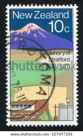 NEW ZEALAND - CIRCA 1978: stamp printed by New Zealand, shows Stratford, circa 1978