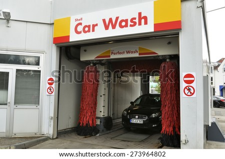 NIEDER-OLM,GERMANY-APRIL 28:car wash from Shell on April 28,2015 in Nieder-Olm,Germany. - stock photo
